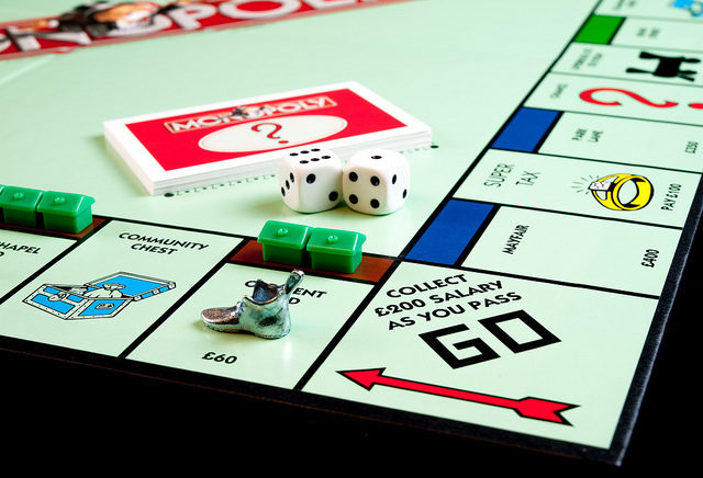 Monopoly.Thimble