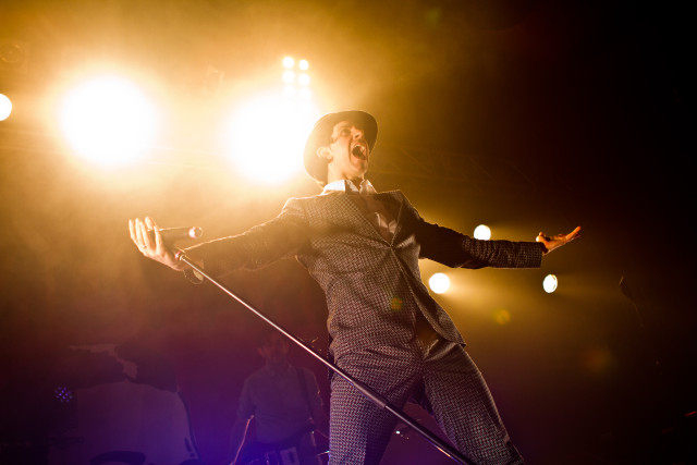 Paul Smith of Maxïmo Park_in_the_Live_Music_Hall_Cologne