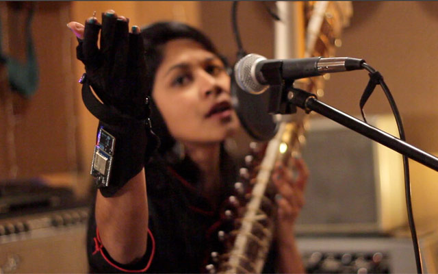 Shama Rahman and the Mi.Mu