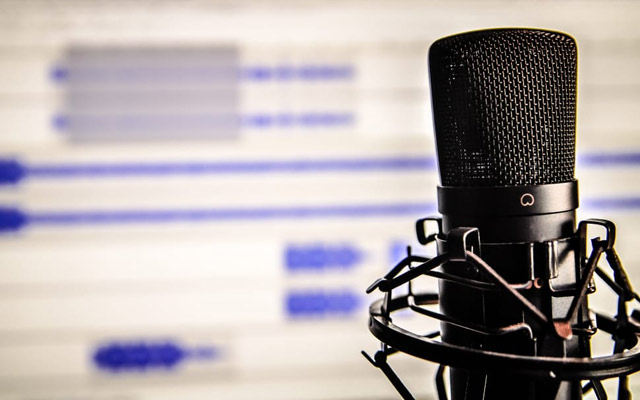 black microphone recording