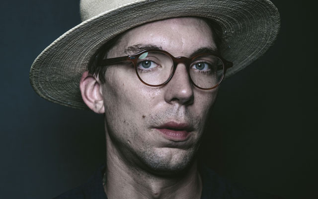 Justin Earle Net Worth