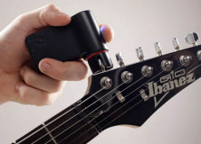 The Roadie guitar tuner