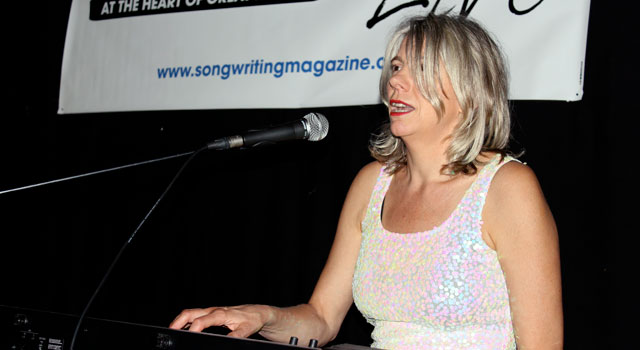 Songwriting Live, Bristol – Sarah Ménage