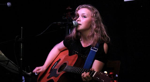 Songwriting Live – Natasha Nicole