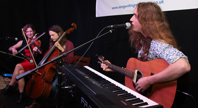 Songwriting Live –Lewis Creaven is joined by Beth  Porter and Gina Gillian